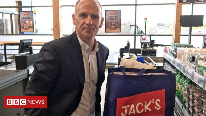 Tesco's Dave Lewis inherited a badly-damaged business – BBC News