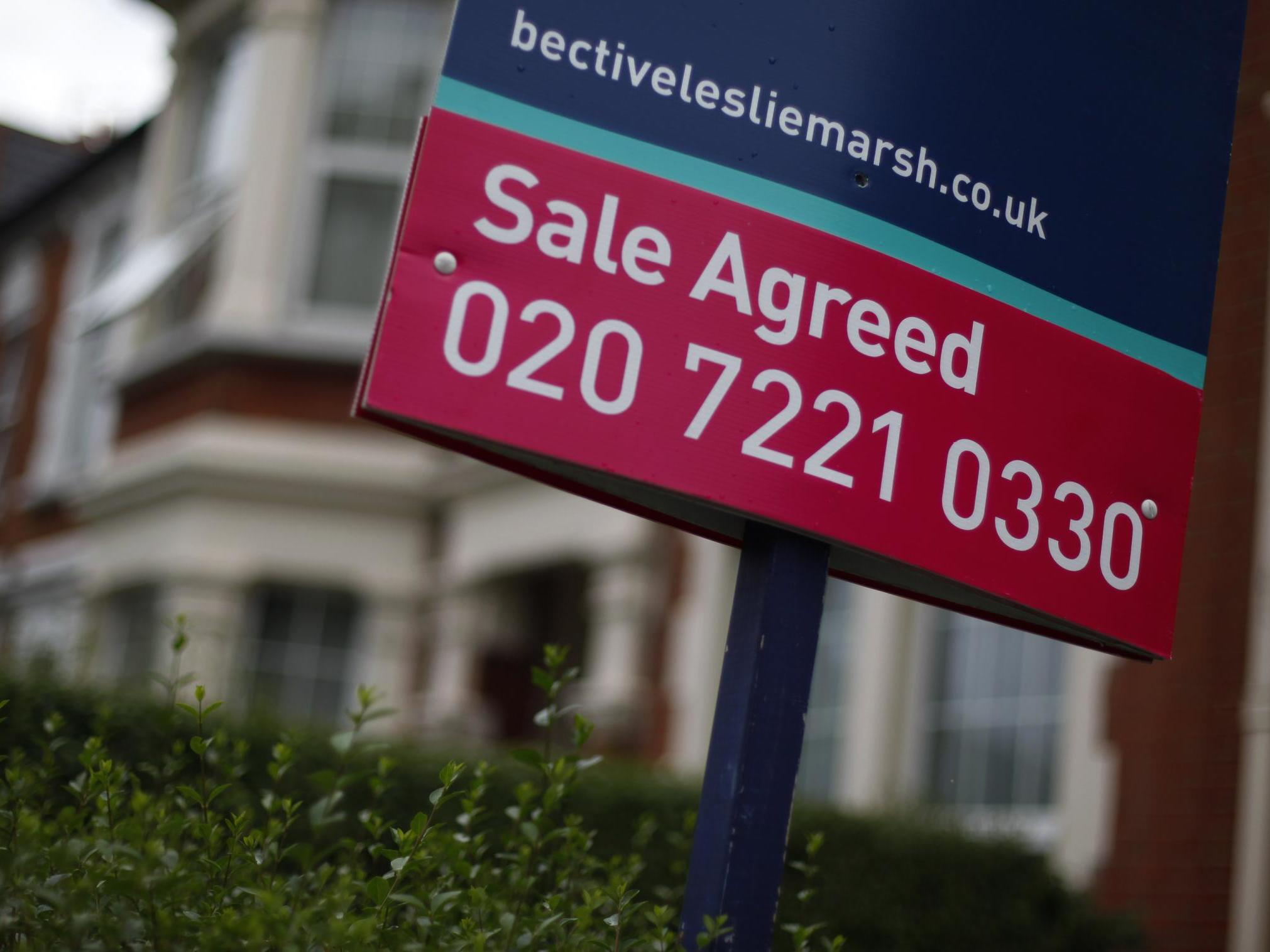 House prices slump to seven-year low